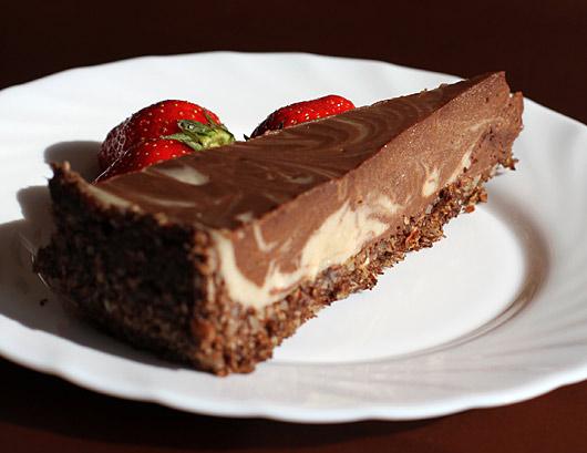 presno-veganska čokoladna torta ala Barbarella